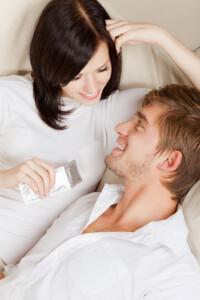 cinci-moduri-in-care-folosesti-gresit-prezervativul
