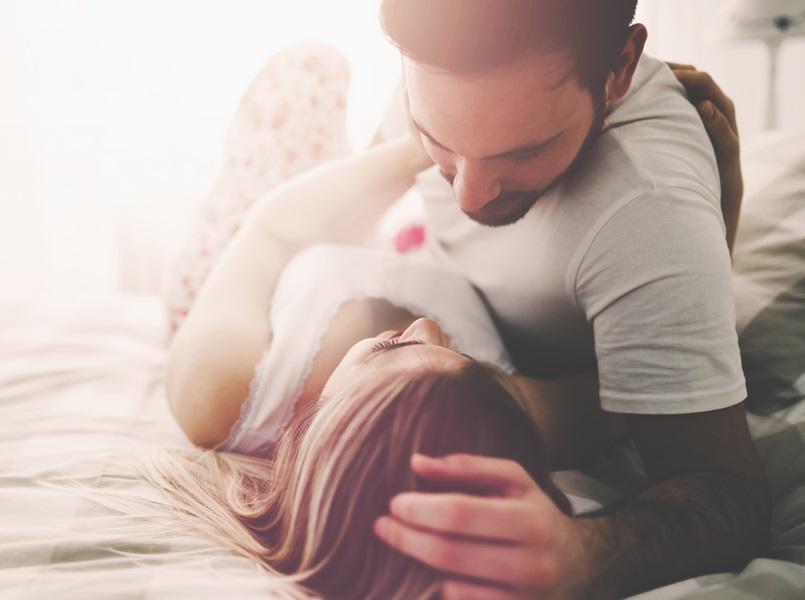 """Ce e bine să știi despre sexul fără penetrare sau """"petting"""""""